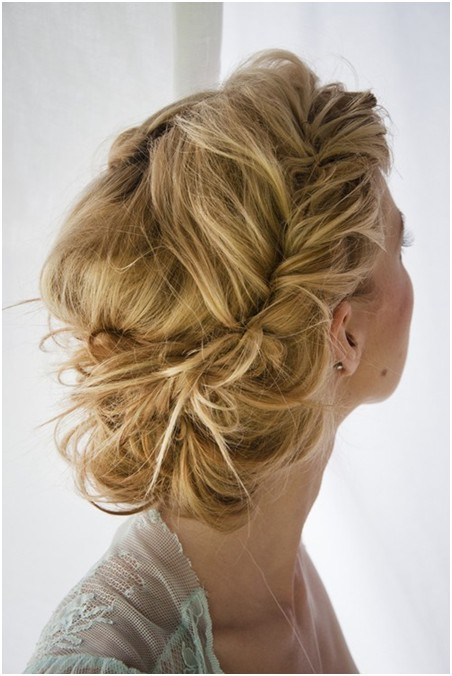 Prom-Hairstyles-For-Curly-Hair-Updos-993